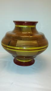 segmented-vase-with-oregon-mrytlewood