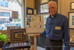 Artist Paul Brent offers a Painting Seaside LIVE episode.