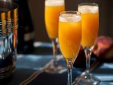 Sparkling mimosas