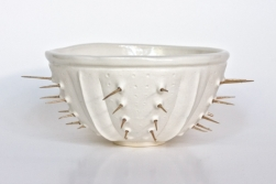 White moonlight spiny urchin bowl